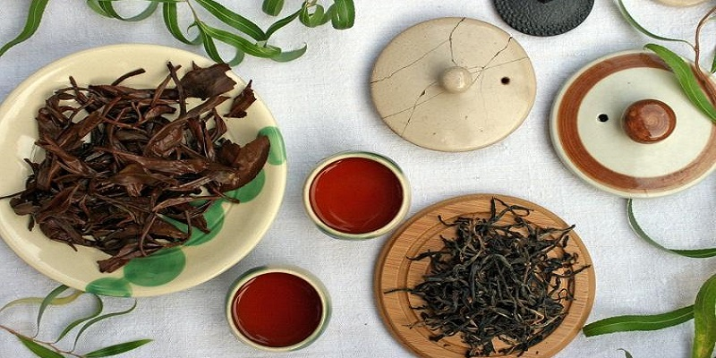 Why Handcrafted Organic Teas?